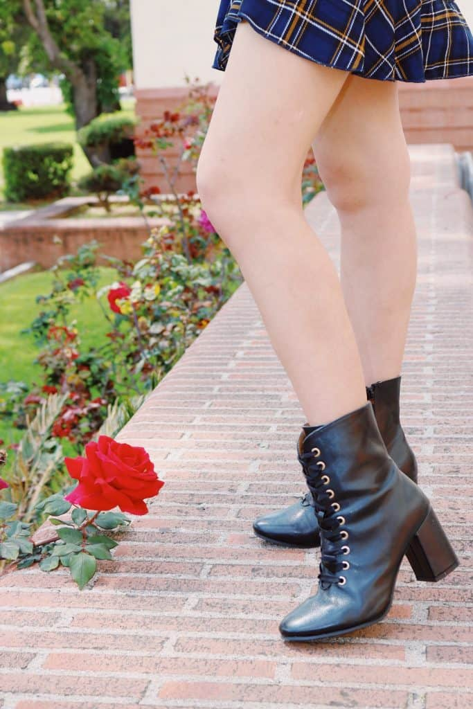 De Blossom Collection Red Rose Brick Black Heeled Boots